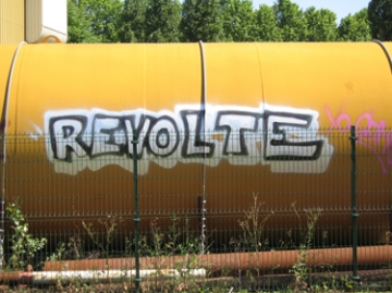 medium_revolte.jpg