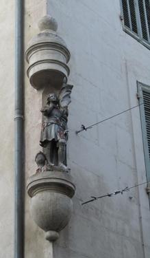 Jeanne-d-arc-Arles.jpg
