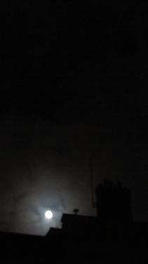 ciel,nuages,couchant,lune