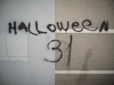 HalloweenNotDead.jpg