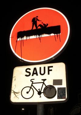signalisation,humour,crime,street art,streetart,détournement