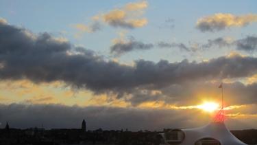 ciel,nuages,lever de soleil,aube