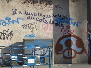 graff,graffiti,street art,streetart,rimbaud,dormeur du val,rouge