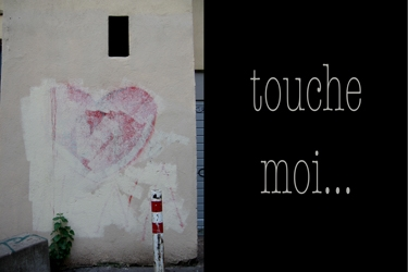 love,saint-valentin,cœur,contact,toucher,art,art contemporain