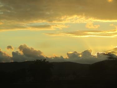 ciel,nuages,coucher de soleil,crépuscule,train