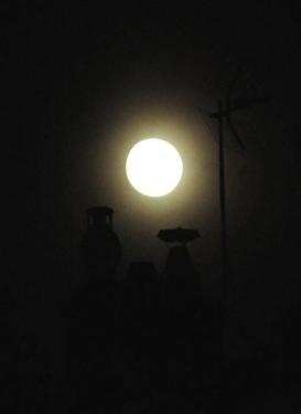 21_09_10-moon.jpg