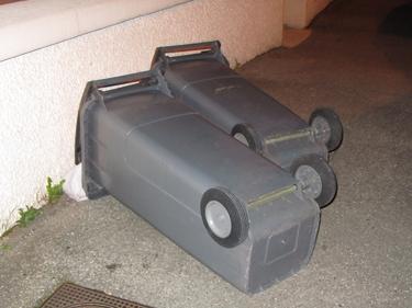 bin-down-1.jpg