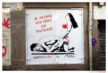 ladamenrouge,streetart,street art,art urbain,espace urbain,art,ville