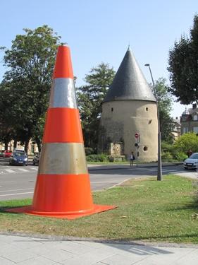 espaces verts,cône de chantier,cône de Lübeck,gigantisme,changement d'échelle,animation urbaine,jardin,jardin éphémère