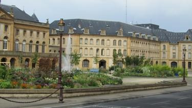 cône de chantier,cône de lübeck,jardin,jardin éphémère,espaces verts,caroline grimm,ville,urbain,chantier,travaux